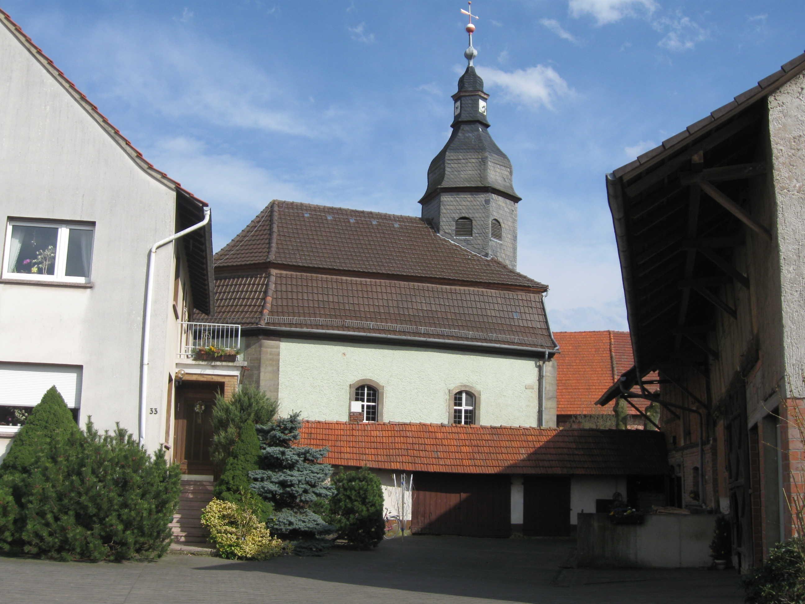 kirchemotzfeld.JPG
